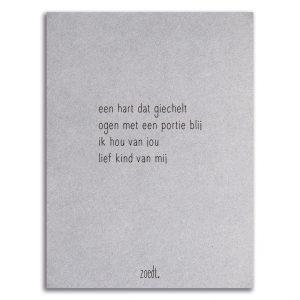 Zoedt-kaart-grijsboard-gedicht-een-hart-dat-giechelt