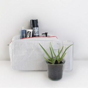 house-of-products-toilet-tas-tyvek-grid