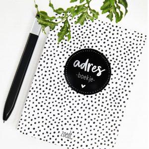zoedt-adresboekje-zwart-wit-dots