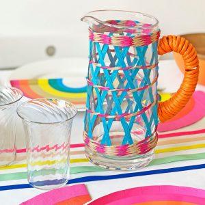 talking-tables-kleurrijke-boho-glazen-kan